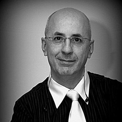 Maurilio - Basso Elettrico e Direttore Artistico