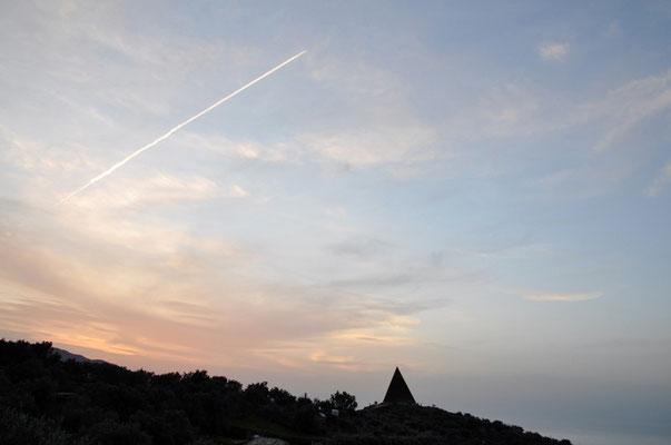 Cod. Castel di Tusa 008 Piramide 38° Parallelo