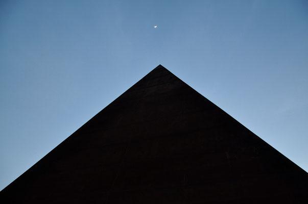 Cod. Castel di Tusa 010 Piramide 38° Parallelo
