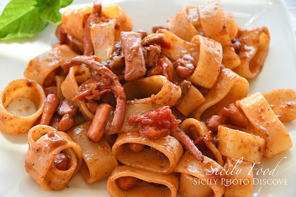 Pasta con Totani alla Luciana