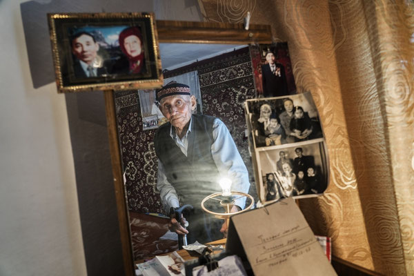 Rsaybaev Koksubai Umurtaevich, 83 years old in his house in the contaminated village of Znamenka. Rsaybaev Koksubai Umurtaevich lives in the contaminated village of Znamenka, the nearest village to the Polygon.