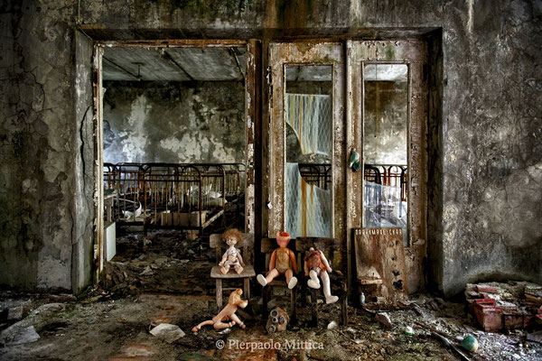 "Inside the kindergarten ""Zolotoj Kluchik"", the golden key, Pripyat, exclusion zone, compositions made by tourists to take pictures"