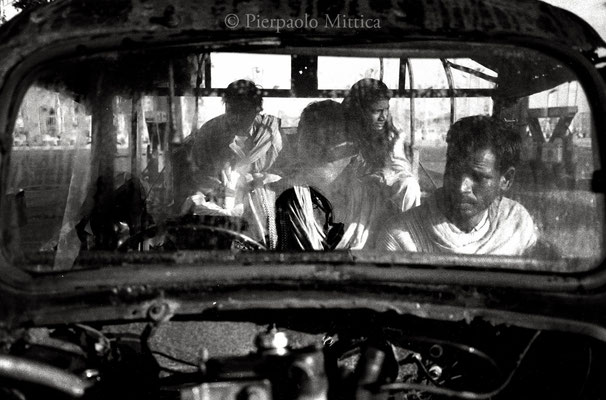On the road to Agra 2002