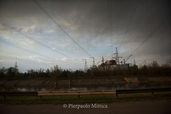 reattore numero cinque e magazzino per il riciclo dei metalli radioattivi