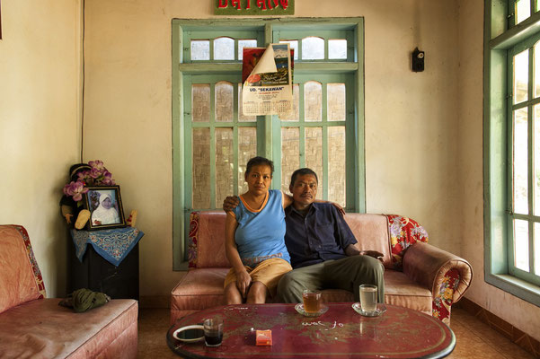 Asrin and his wife live in Panggang village. He's leaving home for  15 working days and staying at home for other 15 days period of taking rest.