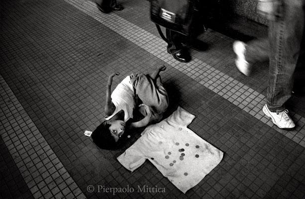 Racket of beggars, Mumbai 2002