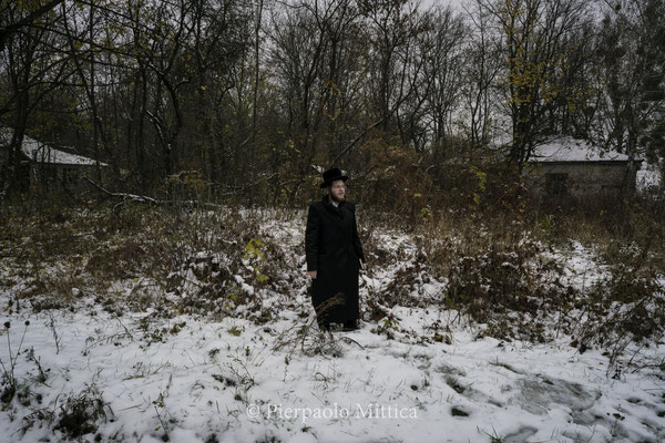 A jew while exploring the roads on the abandoned part of Chernobyl City