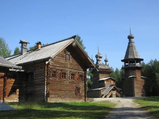 Traditionelles karelisches Dorf