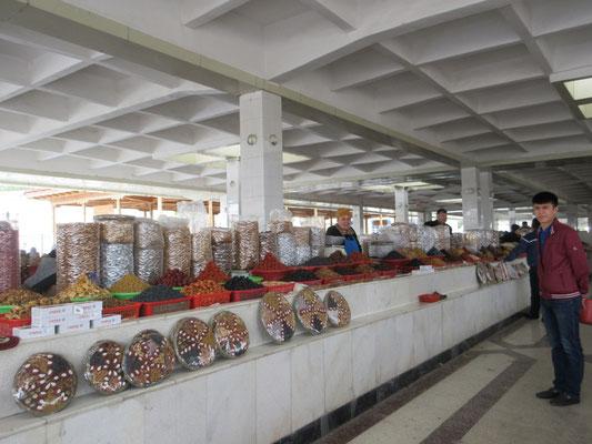 Margrits liebster Einkaufsort, der Basar