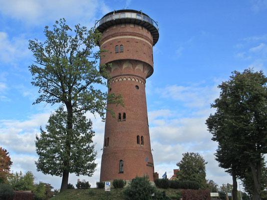 Gizycsko, auf diesem ehemaligen Wasserturm, ist das Cafe mit Lift zu erreichen