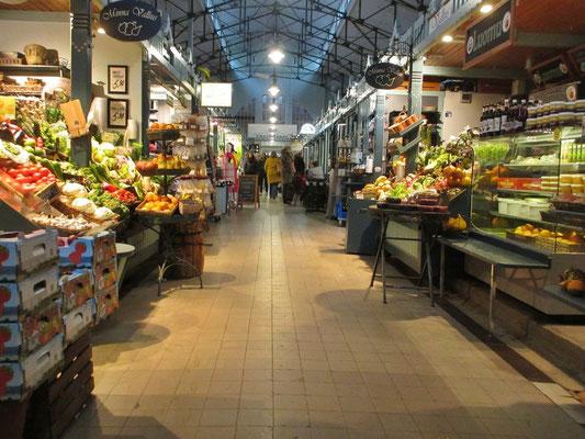 Einkaufen in der Markthalle macht Spass