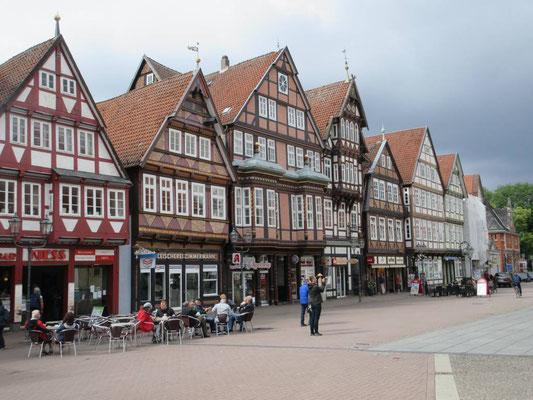 Celle in der Lüneburger Heide. Am Sonntag Morgen noch verschlafen
