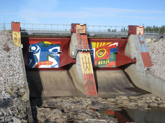 Samenkunst am Staudamm bei Jokkmokk