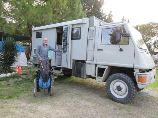 Kaum zu glauben, ein Camping mitten in der Stadt Kusadesi