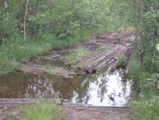 Grosse Steine im Wasser machten die Durchfahrt nicht einfach