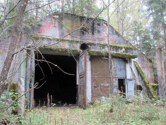 Freier Zugang zu einer ehemaligen sowjetischen mittelstrecken atomraketen Abschussanlage, in Lettland