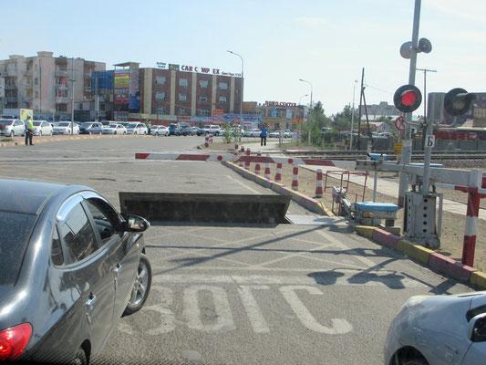 Dass ja kein Fahrzeug bei geschlossener Barriere durchfährt
