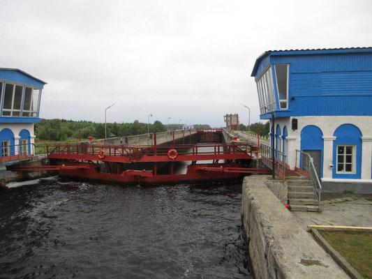 Schleuse im Weissmeer-Ostseekanal