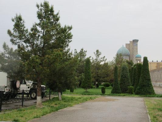 Unser Stellplatz in Samarkand, sehr zentral und trotzdem recht ruhig