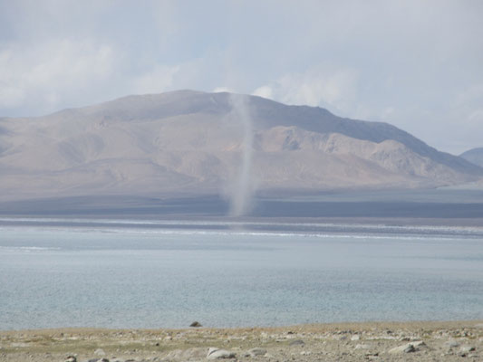 Windhose am Karakul