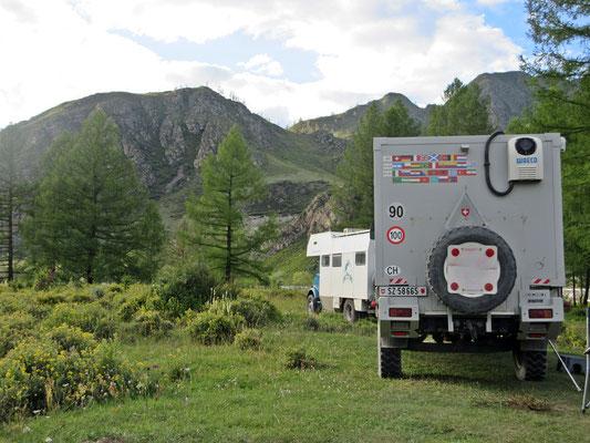 Im russischen Altay treffen wir Reisebekannte, schon das dritte Mal