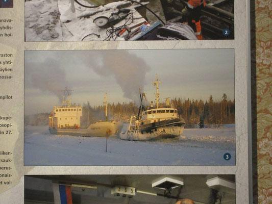 Bild aus dem Kanalmuseum, im Winter wird der Kanal mit Eisbrechern frei gehalten