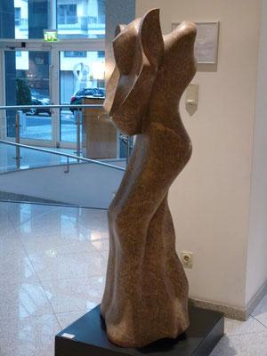 Lebenszyklus, 1994, Marmor Brecha, 172 x 65 x 55 cm