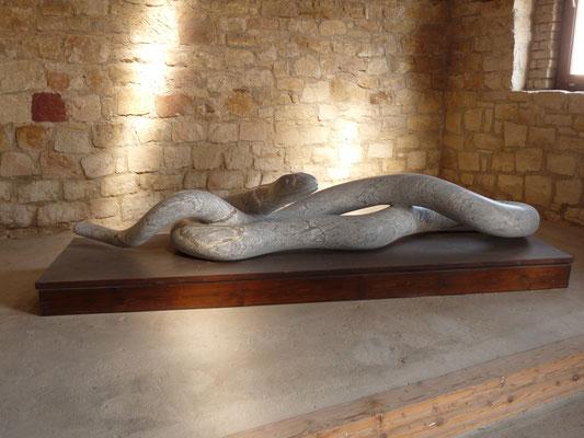 Reptil, 1999, Marble Ruivina, 287 x 60 x 50 cm