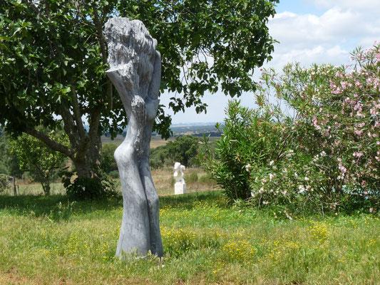 Natureza, 1994, Marmor Ruivina, 297 x 70 x 60 cm