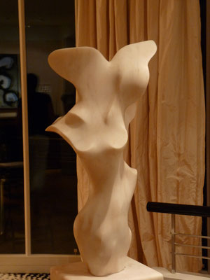 Transparências, 1996, Marble Estremoz Creme, 159 x 50 x 34 cm