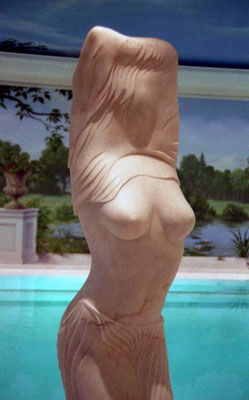 Ohne Titel, 1998, Marmor Estremoz Creme, 180 x 50 x 40 cm