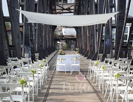 Hochzeitsdeko, Hochzeitsräume, Location, Trauung, individuell, Hochzeitsfloristik, Petite Fleur