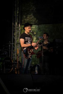 Florin Giuglea - chitara in concert la Open Air Blues Festival Brezoi, Valcea editia 2017