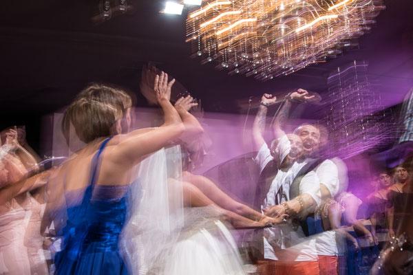 """Fotografie de nunta """"S a furat mireasa!"""""""