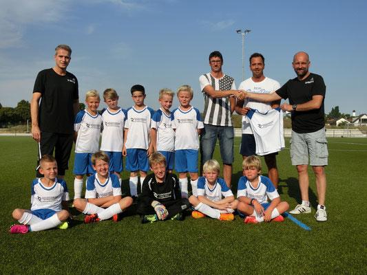 Goldschmiede Retterath sponsort die SG Buschhoven/Swisttal der E2-Jugendmannschaft für in der Saison 2016/2017