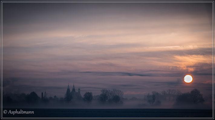 Sonnenaufgang und Nebel bei -7 °C.