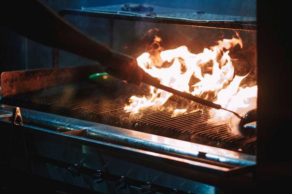 מנגל בשרים מוכן - על האש באתניקה