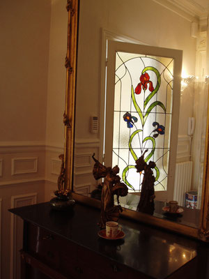 vitrail iris en verre coulé