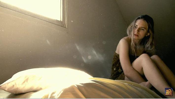 In Another Earth geht es um Schuld, Sühne und Vergebung. Die Geschichte der jungen Rhoda wird ohne viel Worte, aber in eindringlichen Bildern erzählt