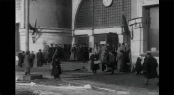 Aelita ist in weiten Teilen auch ein Zeitdokument, dass die Wirren der Revolutionszeit in der frühen Sowjetunion unverblümt zeigt