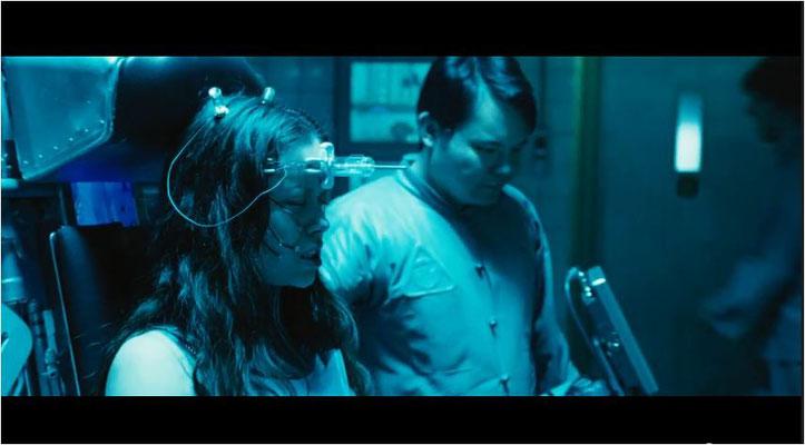 River Tam, toll dargestellt von Summer Glau, auch bekannt aus Terminator TSCC, spielt eine zentrale Rolle in der Geschichte