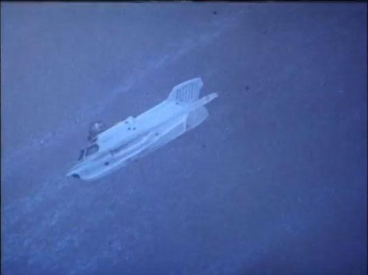 mit einem miniaturiertien U-Boot geht es auf die Reise in den menschlichen Körper
