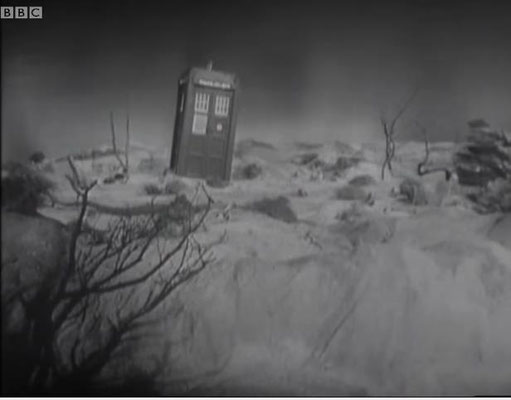 "Die T.A.R.D.I.S. in der allerersten je ausgestrahlten Episode ""The Unearthly Child"""