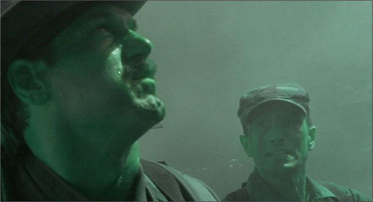 """""""Ich hab' keine Zeit zum Bluten"""". Jesse Ventura gibt in seinem Schauspielerdebut den guten, doch etwas dümmlichen Soldaten Blain"""