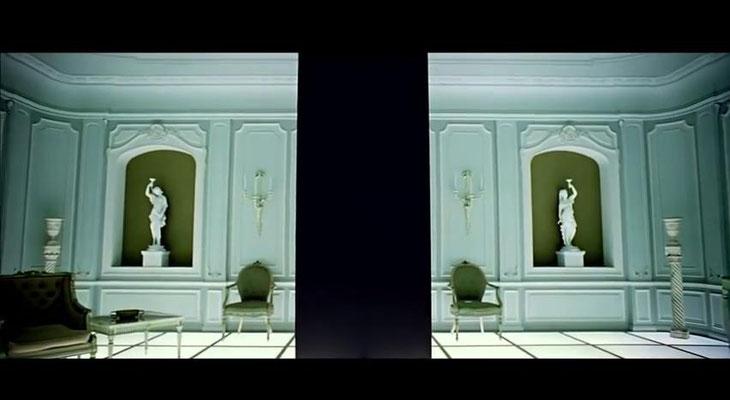 der schwarze Monolith dient als Bindeglied des Films, der die einzelnen Teile letztlich zu einem sinnvollen Ganzen vereint