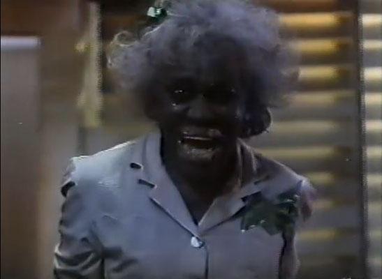Trancer sind mutierte Wesen mit übersinnlichen Fähigkeiten, die Menschen wie diese Frau  zu zombieartigen Wesen machen können