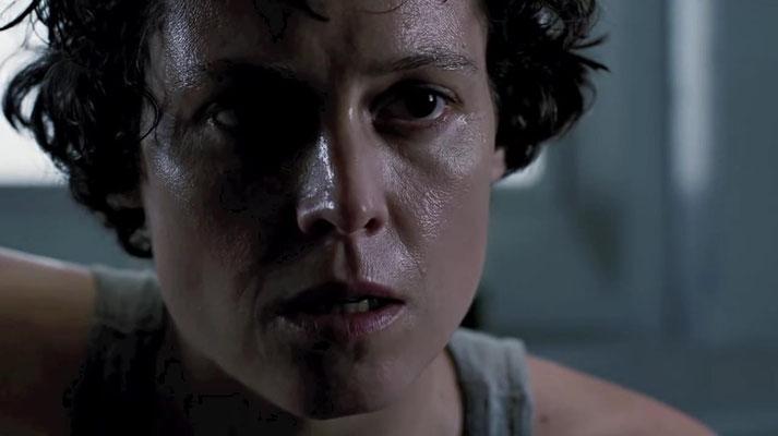 Sigourney Weaver trat einem weiteren Alien-Teil erst skeptisch gegenüber, entschied sich dann aber zum Glück um