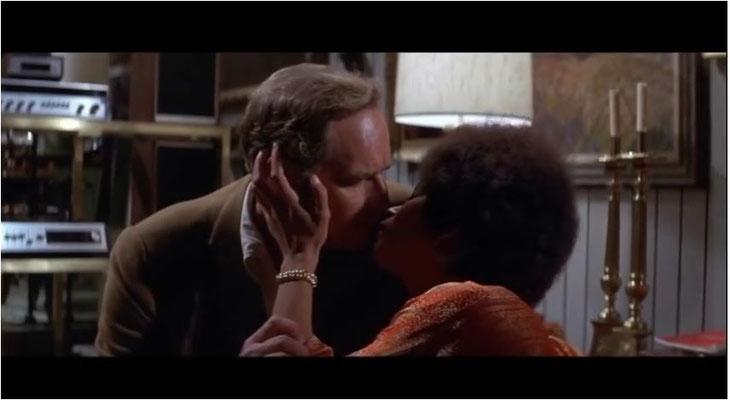 """diese Szene könnte, zumindest unbewusst, durch die Star Trek Episode """"Platons Stiefkinder"""" inspiriert worden sein"""