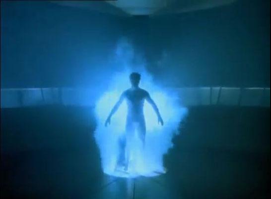 Scott Bakula alias Dr. Sam Backett steigt in den Quantensprungzeitbeschleuniger und verschwindet