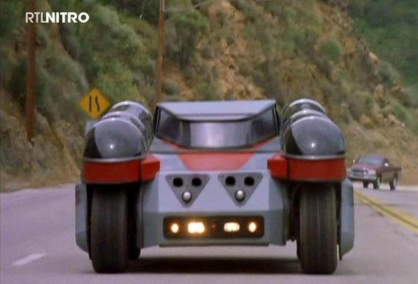 die Fähigkeiten der Fahrzeuge erscheinen interessant. So können sich PLATO und KAT zu einer Einheit verbinden